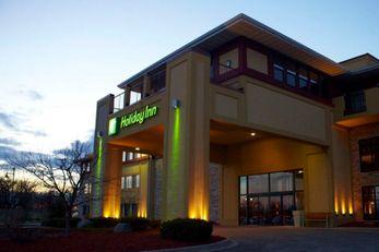 Holiday Inn Pewaukee