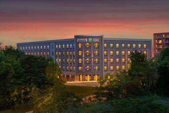 Staybridge Suites Boston South-Quincy