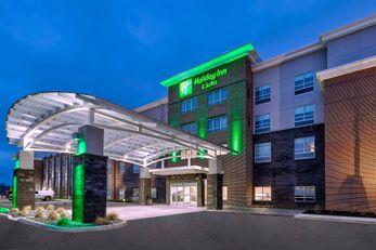 Holiday Inn Hotel & Suites Toledo SW