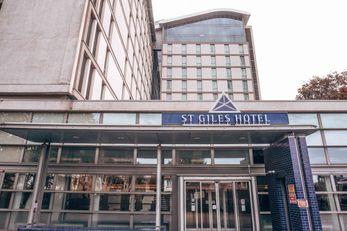 St Giles Hotel, Heathrow