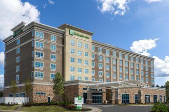 Holiday Inn Suites Germantown Memphis SE