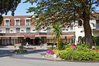 St Pierre Park Hotel