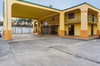 OYO Hotel Atmore AL Hwy 21