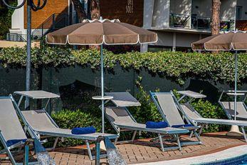 Hotel Golfo Del Sole