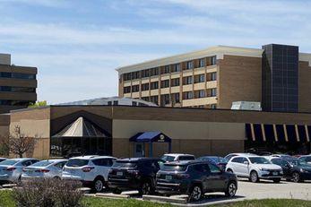 Brookfield-Milwaukee Hotel