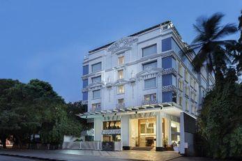 La Marvella Sarovar Premiere Hotel