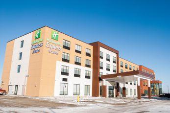 Holiday Inn Express & Suites Edmonton N