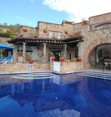 Villa Vera Hotel Spa & Racquet Club