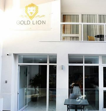 Gold Lion ResidenSea Guest House