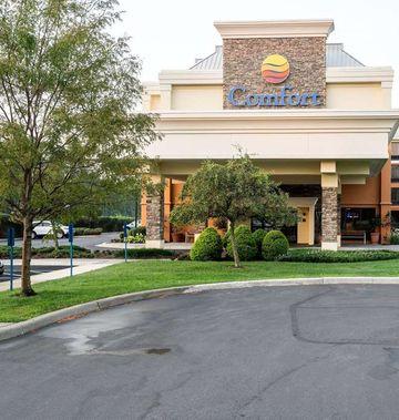 Comfort Inn & Suites Newark