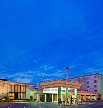 Holiday Inn Hasbrouck Heights Hotel Mead