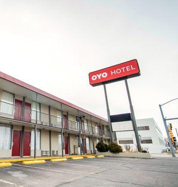 OYO Hotel Hutchinson KS West 4th Ave