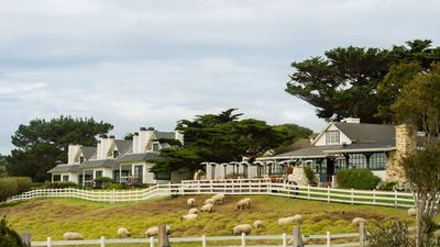 Mission Ranch Hotel