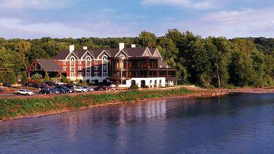 Lambertville Station Restaurant & Inn