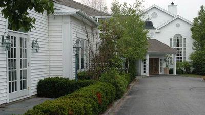 Phoenix Inn Resort