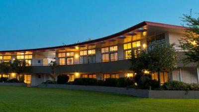 Kennedy Park Top 10 Resort