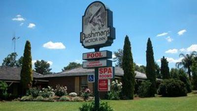 Bushmans Motor Inn