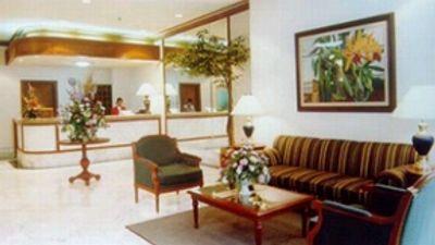 Makati Prime Tower Suites