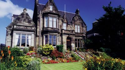 Dunstane House