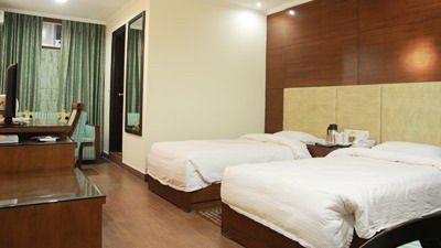 Hotel Chirag Residency