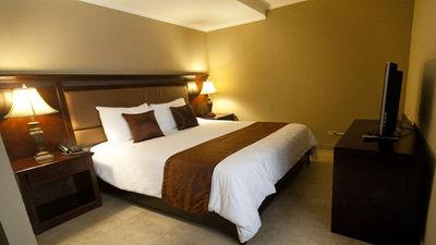 ExpoCentro Hotel & Suites