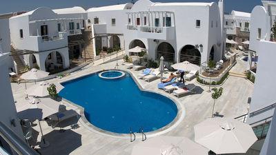 La Mer Deluxe Hotel & Spa Resort