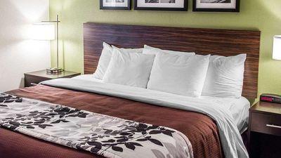 Sleep Inn and Suites Roseburg