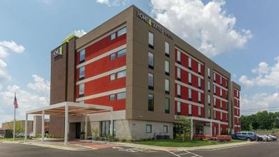 Home2 Suites by Hilton Airport Expo Ctr