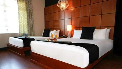 The Chesterfield Hotel & Suites