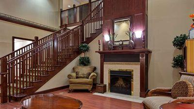 Country Inn & Suites Hampton