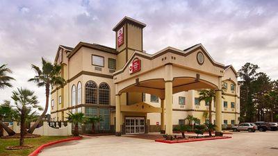 Best Western Plus New Caney Inn & Suites
