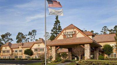 Ayres Inn Corona East/West Riverside