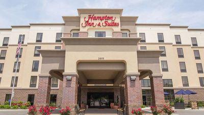 Hampton Inn & Suites Harmarville