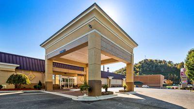 Best Western Plus Bridgeport Inn