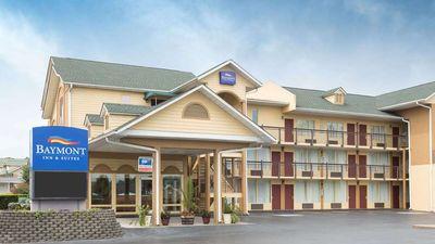 Baymont Inn & Suites Pigeon Forge