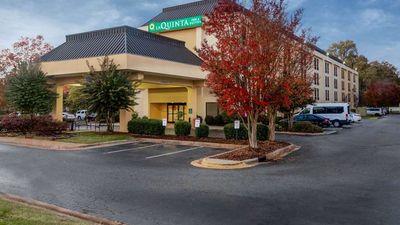 La Quinta Inn & Suites Airport North