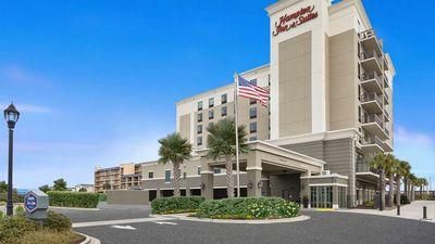 Hampton Inn & Suites Oceanfront