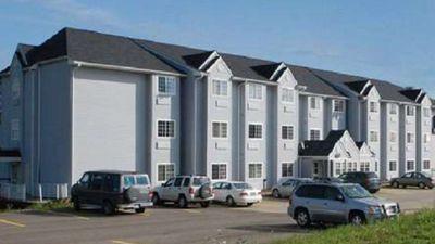 Knights Inn & Suites, St Clairsville