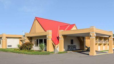 Econolodge Inn & Suites Binghamton