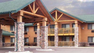 AmeriVu Inn & Suites, Shell Lake