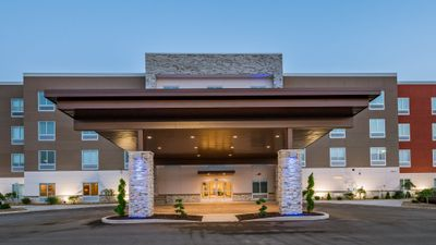 Holiday Inn Express & Suites South Bend