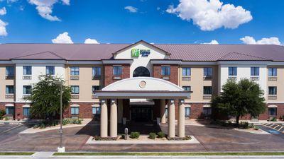 Holiday Inn Express/Suites Midland Loop