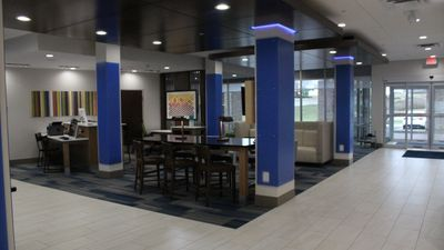 Holiday Inn Express/Suites Milledgeville