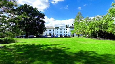West Lodge Park