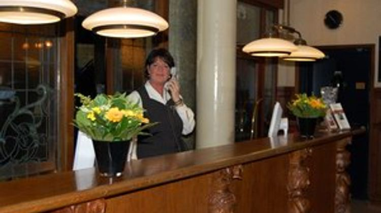 Crown Inn Lobby