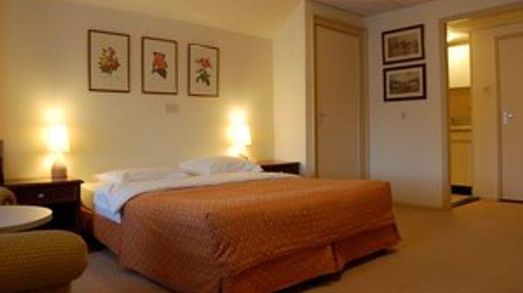 Crown Inn Room
