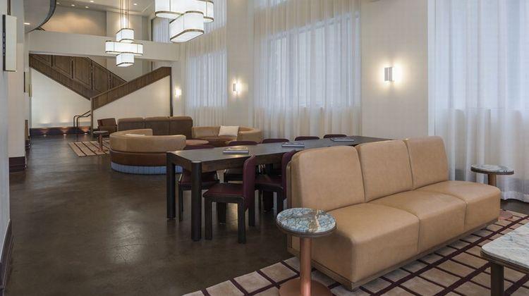 Hu. Hotel, Memphis Lobby