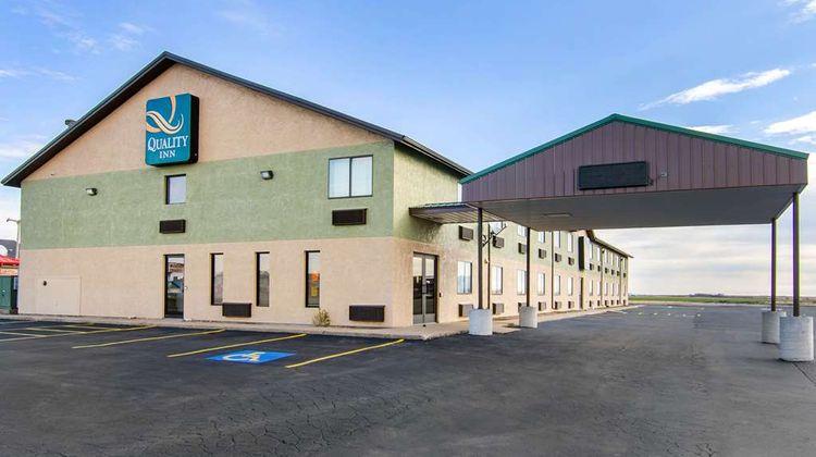 Quality Inn Russell, KS Exterior