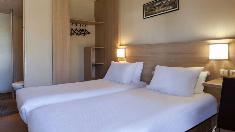 Hotel The Originals Bordeaux Airport Room