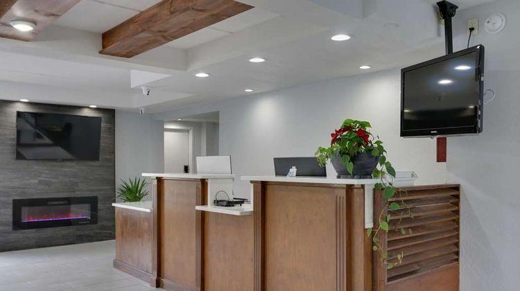 SureStay Hotel by Best Western Ridgeland Lobby